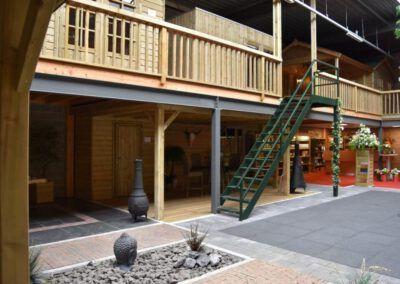 showroom met tuinhuizen